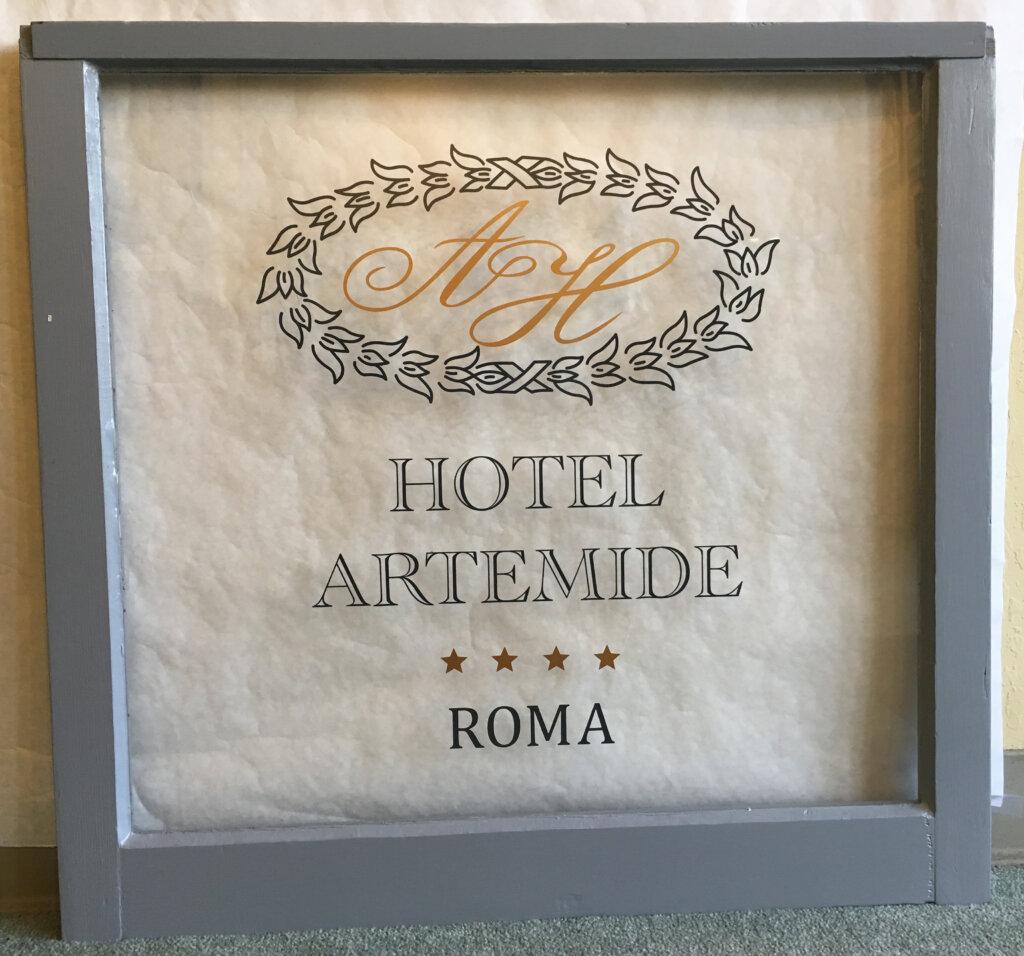 Los Altos hand painted signs hotel artemide