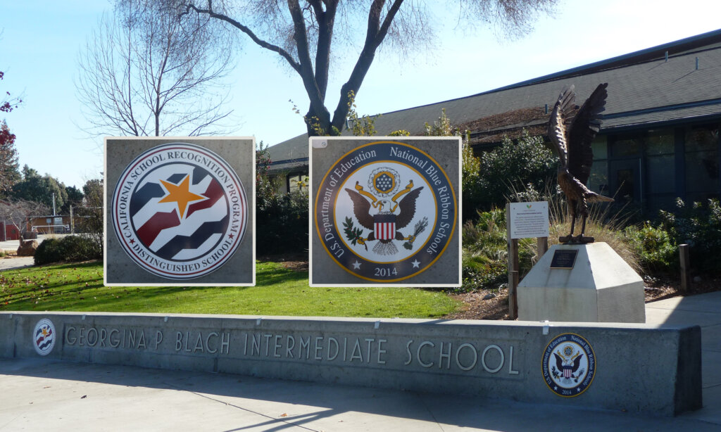 Los Altos school signs intermediate award california distinguished