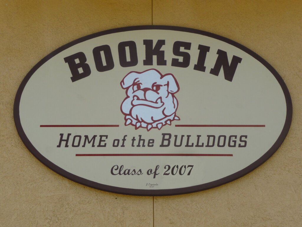 San Jose school signs award booksin custom