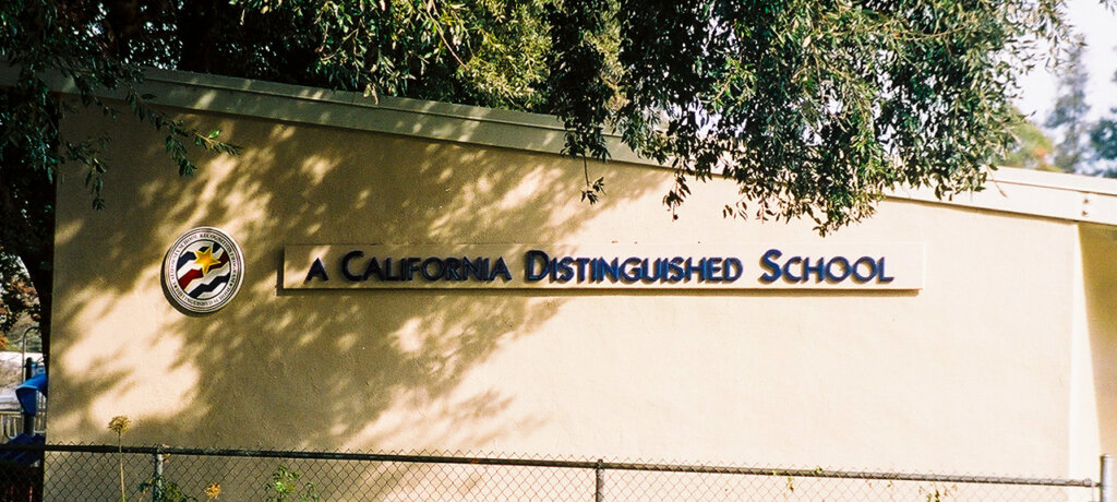 San Jose school signs booksin elementary award california